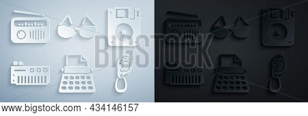 Set Retro Typewriter, Floppy Disk, Music Synthesizer, Ear With Earring, Glasses And Radio Antenna Ic