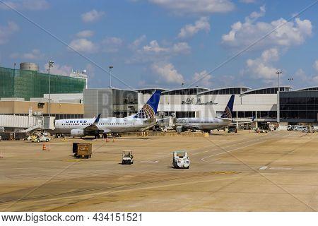 20 September 2021 Houston, Tx Usa: Houston Tx Busch International Airport On Airplane United Airline