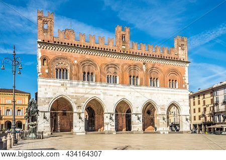 Piacenza, Italy - June 28,2021 - Gothic Palace At Cavalli Place In Piacenza. Piacenza Is A City And