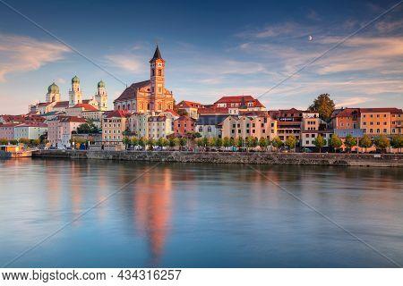 Passau Skyline, Germany. Cityscape Image Of Passau Skyline, Bavaria, Germany At Autumn Sunset.
