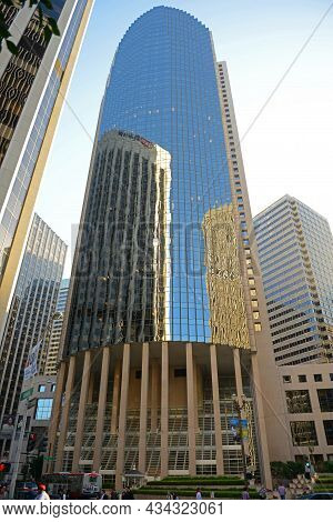 San Francisco - Mar. 14, 2014: 101 California Street Building Was Built In 1982 With 48 Story On 101