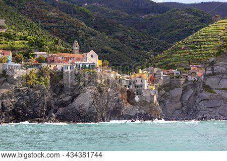 View On Seaside And Typical Houses In Small Village, Vernazza, Cinque Terre, Italy