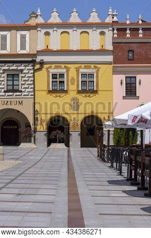 Tarnow, Poland - July 24, 2021: Town Square With Renaissance, Colorful Tenement Houses. The Market W