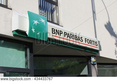 Lebbeke, Belgium, 25 August 2021: Exterior View Of A Branch Of Bnp Paribas Fortis High Street Banks.