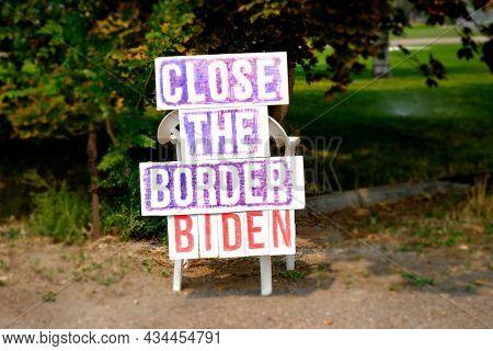 Political close the border Biden sign in yard