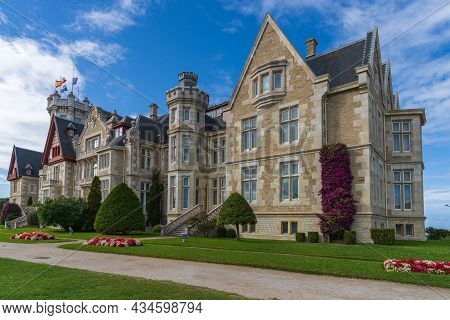 View Of The Magdalena Palace In The City Of Santander In Cantabria, Spain