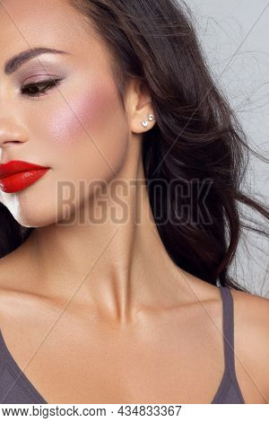 Half Close-up Of Beauty Girl With Long Straight Developing Hair And Radiant Eveningtime Makeup On He