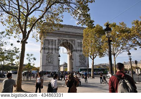 View Of The Arc De Triomphe In Paris. People On The Street. September 20, 2018, Paris, France.