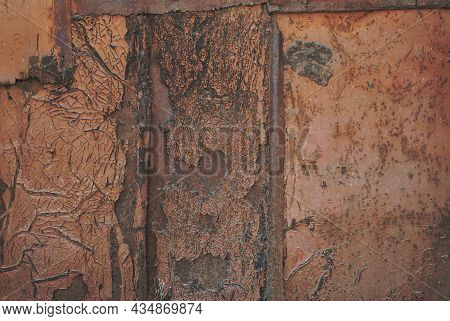 Old Rusty Iron Sheet. Close-up Of Rusty Iron Suitable For Background Texture. Flat Background For Te