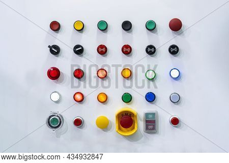 Various Electric Power Control Push Button Switch And Status Lamp Select On Off Emergency Switch And