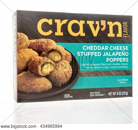 Winneconne, Wi -12 September 2021:  A Package Of Cravn Cheddar Cheese Stuffed Jalapeno Poppers On An