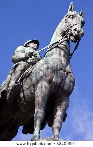 King Albert I Statue In Paris