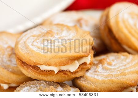 Cookies With A Cream Filling