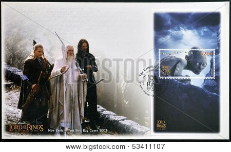 NEW ZEALAND - CIRCA 2003: stamp printed in New Zealand shows Scenes from The Lord of the Rings