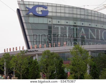 he Georgia Aquarium facade in Atlanta, Georgia