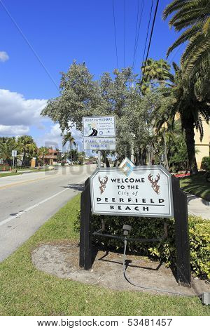 Welcome Sign To Deerfield Beach