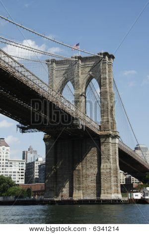 Brooklyn Bridge Downstream Side Angle