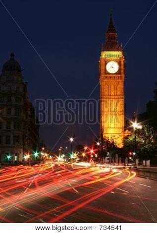 Big Ben night traffic