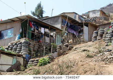 Sluma, South America, Lima