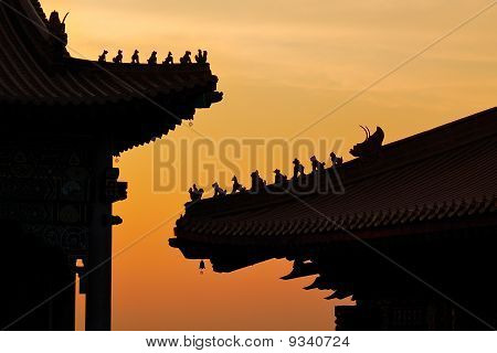 silhouette chinese temple