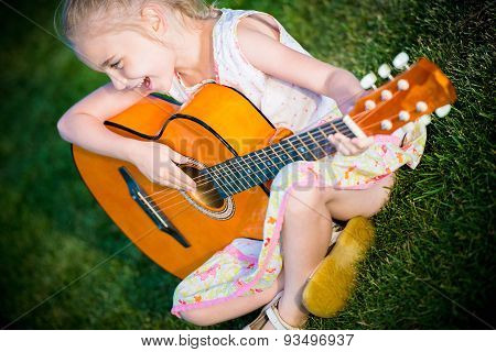 Little Guitar Player