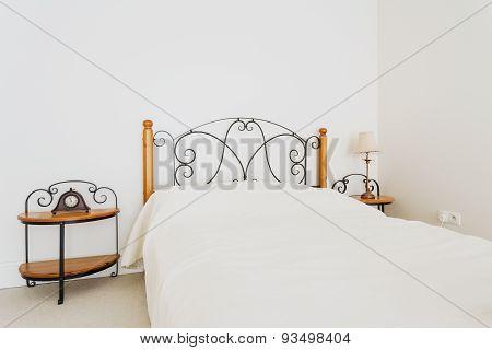 Retro Bed With Designed Headrest
