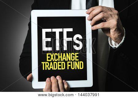 ETFs (Exchange Traded Fund)