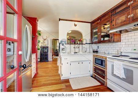 Vintage Kitchen Cabinets And White Tile Back Splash Trim
