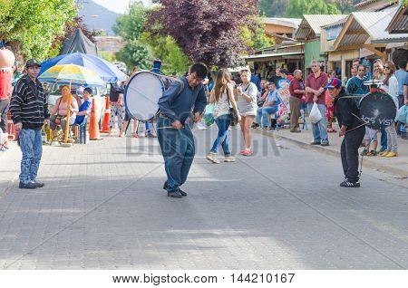 VINA DEL MAR CHILE - November 01 2014: Chile - November 01 2014: artists dance group on the street