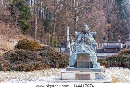 Statue of Elisabeth of Wied, Queen consort of Romania in Peles castle.