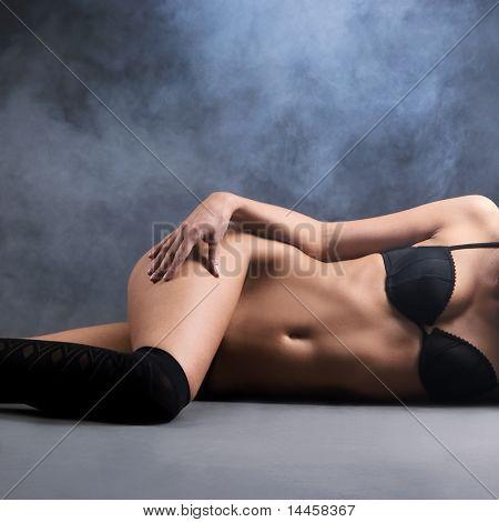 Сексуальная женщина в Белье эротическое моды стрелять