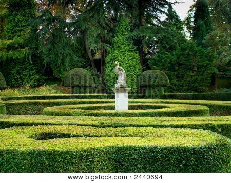 English Traditional Garden