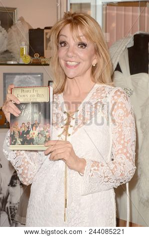 LOS ANGELES - JUN 2:  Teresa Ganzel at the Rich Little signs