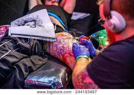 Tauranga - April 14, 2018 - Tattoo Artists Working At The New Zealand Tattoo And Art Extravaganza.