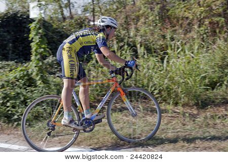 Young Female Ciclocross Competitor