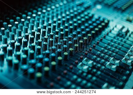 Professional Mixing Console For Dj And Other Tasks