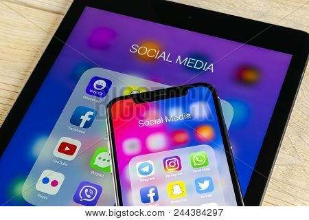 Sankt-petersburg, Russia June 2, 2018: Apple Iphone X And Ipad With Icons Of Social Media Facebook,