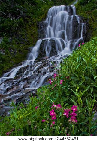 Beautiful Waterfalls Flowing Through A Lush Green Forest In Columbia River Gorge, Oregon Usa, Pacifi