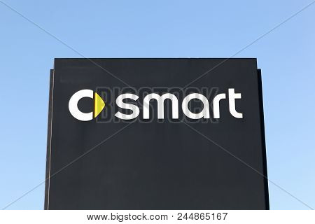 Horsens, Denmark - April 21, 2018: Smart Logo On A Panel. Smart Automobile Is A Division Of Daimler