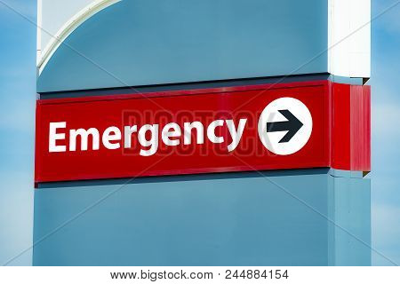 Close-up Horizontal Shot Of An Emergency Room Sign.