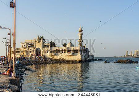 Mumbai, India - February 27, 2019: Haji Ali Dargah Mosque And Tomb On Islet Off The Coast Of Worli
