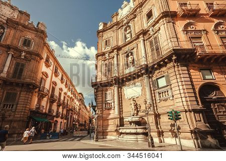Palermo, Italy: Historical Facades Of Square Quattro Canti, Also Known As Piazza Vigliena, Built Is