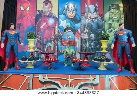Superhero Themed Kids Birthday Party.