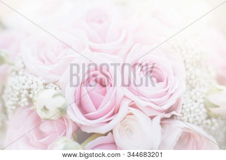 Stylish Wedding Attributes Of Bride. Classic Bride's Bouquet