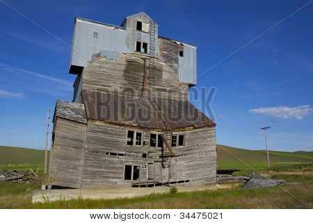 Dilapidated Grain Elevator