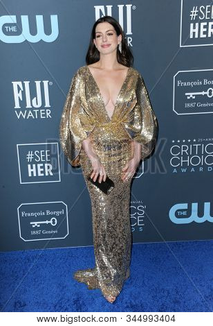 Anne Hathaway at the 25th Annual Critics' Choice Awards held at the Barker Hangar in Santa Monica, USA on January 12, 2020.