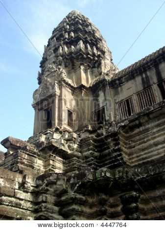 Central Tower Angkor Wat Temple1