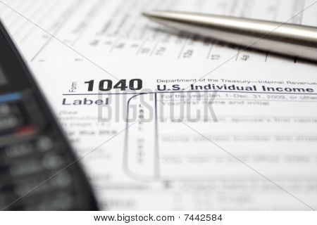 1040 Tax Return Form Cell Phone And Pen