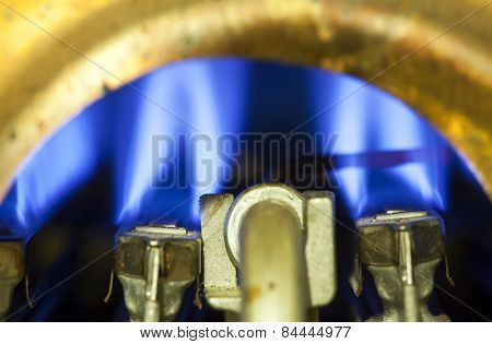 Element of ignition of the gas water heater boiler