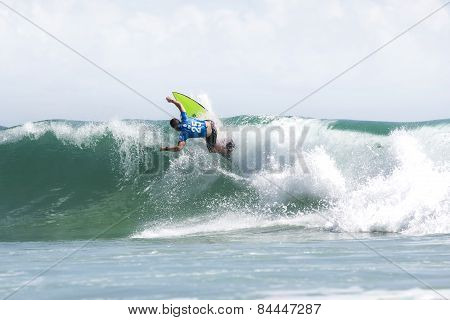 Glenn Hall competing in the Quicksilver Pro at Snapper Rocks